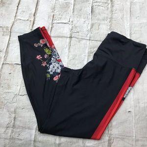 RBX Black Leggings Sz Med Red Floral Accents